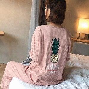 Image 1 - Conjunto de pijama de primavera para mujer, ropa de dormir bonita con piña impresa, de manga larga con cuello redondo, ropa informal holgada