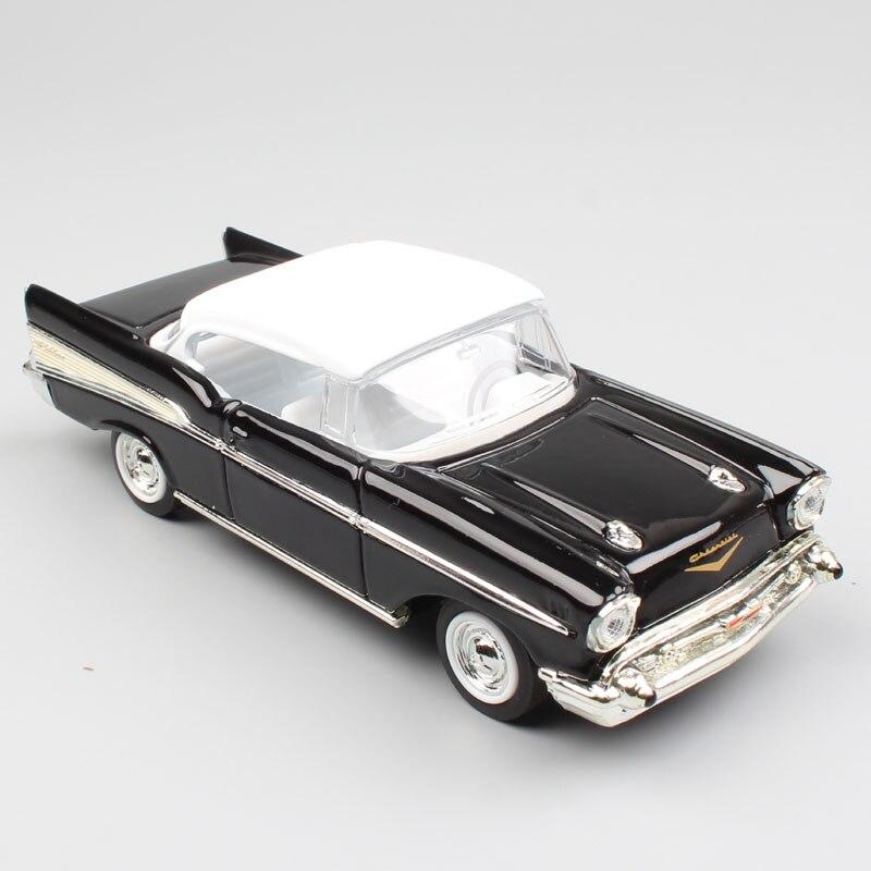 1/43 Scale Road Signature Retro 1957 Chevrolet Bel Air Hardtop Coupe Car Vehicle Metal Die Cast  Replicas Model Toy For Children