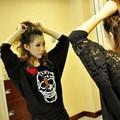 Скидки женские Футболки круглый шеи полый рукав кружева шить летучая мышь череп женские модели с короткими рукавами футболки женской одежды