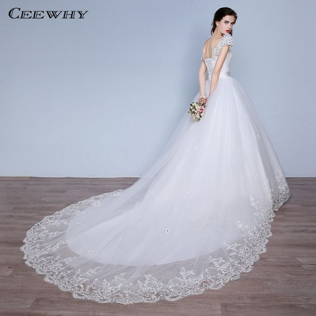 d1828625577 CEEWHY Blanc Appliques Cristal Robe Mariage De Luxe Robe De Mariée En  Dentelle