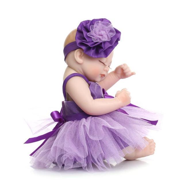 """Hot 9 """"De Silicone Bonecas Reborn Bonecas Recém-nascidos Brinquedos Educativos para As Meninas, Bonecas Reborn Bebês Boneca Dormir com Vestido roxo"""