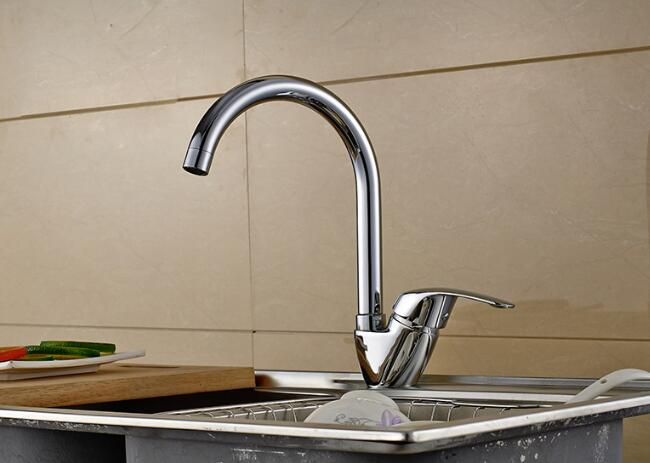 Luxury Polished Chrome Kitchen Faucet hot and cold water Sink Mixer deck mounted single handle faucets