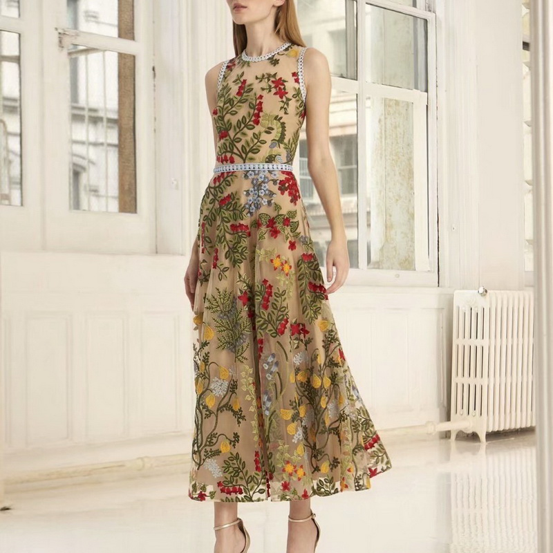 2019 Summer New Arrial Charming Mesh Embroidered Holiday Dress Women s Dress 190320Z01