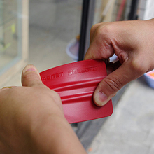 Free shipping Good Quality Red Magnetic Scraper 7*10cm Bump cards, Bondo Cards magnet MX-140 whole sale