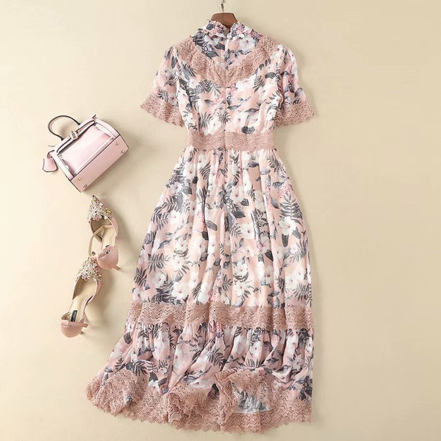 Kadın Giyim'ten Elbiseler'de VERDEJULIAY Boho Pist Elbise 2019 Yaz Yeni Moda Dantel Patchwork Çiçek Baskı Ruffles Orta Buzağı Lüks Elbise Kadın'da  Grup 3
