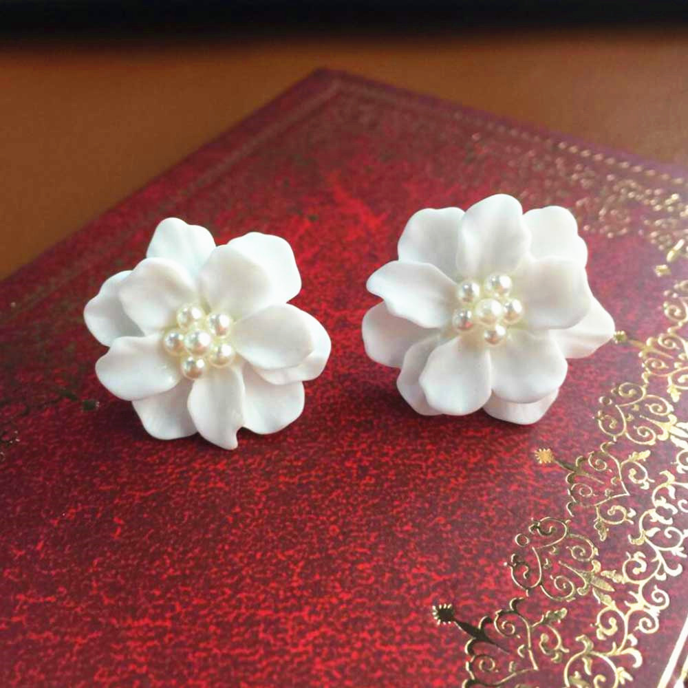 Kisswife 2018 Jewelry New Fashion Big White Flower Earrings For