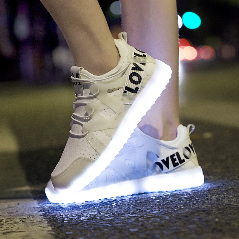 LED Shoes Men And Women Lovers shoes Light Up Glowing Shoes 2018 Mesh Sneakers Adult Lightweight Sports Luminous Superstar Shoes