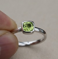 Wellmade Solid 925 Sterling Silver&Natural Peridot Stackable Ring