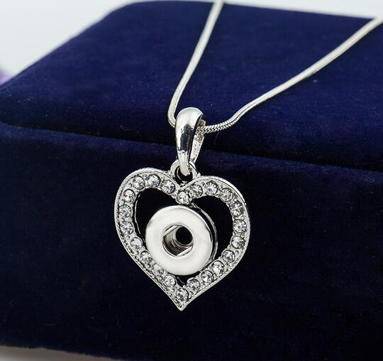 2019 New Fashion Rhinestone Pendant Necklace Love Heart Necklaces 12mm Snap Button Jewelry Women Valentines Day Gift image