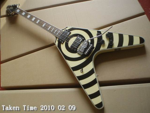 Free Shipping Cnbald Zakk Wylde Flying V Electric Guitar Best Quality In Black/Cream a100209 wholesale cnbald 1959 custom signature electric guitar with bridge bigsby 20th anniversary in black 120323