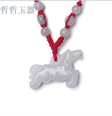 Factory direct sales of natural Burmese stone pendant carved light three-dimensional horse pendant men and women JADES jewelry