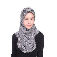 Nova Tampa Hijab Islâmico Muçulmano do Lenço das Mulheres de Alta Qualidade  Headwear Bonnet Plain Caps Inner 12 Cores bb408cd766d
