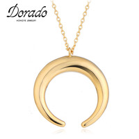 2017 New Design Unique Lady Micro Embedded Moon Shaped Pendant Necklace Gold Silver Color Chain Necklace