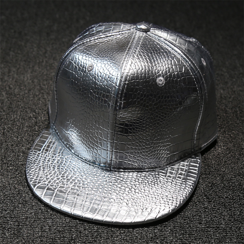 Fashion Gold Bright Surface Faux Leather Man Baseball Cap Snakeskin Pattern  Silver Surface Solid PU Hiphop Hat Peaded Cap Women 21343e8b528