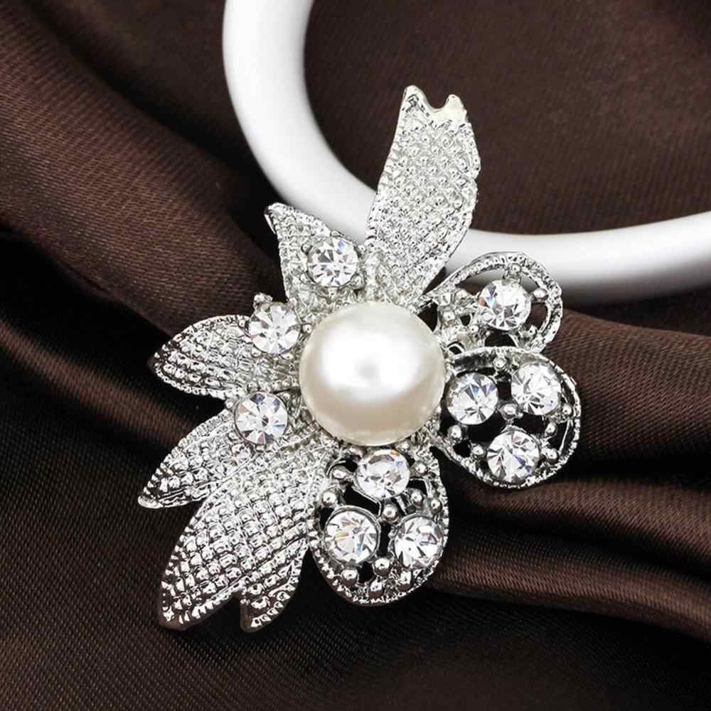Wanita Dasar Elegan Kristal Mutiara Bunga Bros untuk Pesta Pernikahan Gaun Warna Perak Hadiah Pin Bros