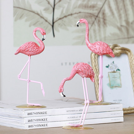 1 Pcs Resin Pink Flamingo Home Decor Figure For Ins Hot Gifts In Wind Chimes Hanging Decorations From Garden On