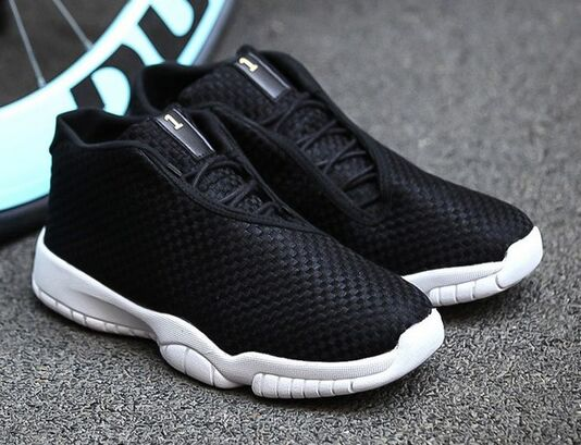 e447afe04b539 New Style Jordan Future 11 basket shoes For men weave Mesh Culture Low Glow  mans footwear jordan XI oreo knitted Shoes