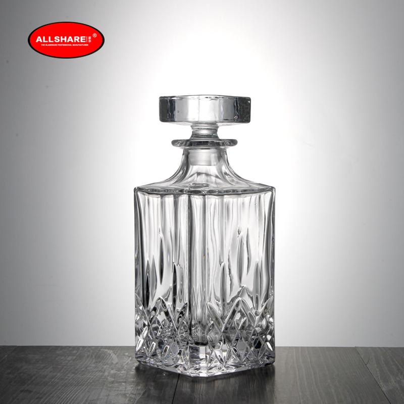 whiskey glass bottle set