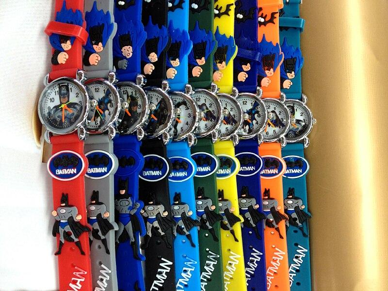 2016 شحن مجاني dhl 100 قطع 3d الكرتون لطيف الحلو باتمان الأطفال السود الصلبة الاطفال الكرتون الكوارتز المعصم ووتش عيد عيد الميلاد-في ساعات للأطفال من ساعات اليد على  مجموعة 1