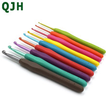 QJH Brand Crochet Hooks Set 9pcs in Sizes 2.0MM-6.0MM TPR Soft Plastic Handle knitting Needle Best Graft Gifts For Mom and Her