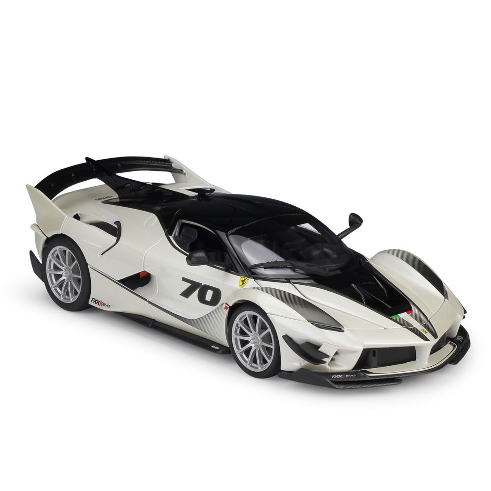 BBurago 1 18 FXX K EVO Race Diecast Model Car