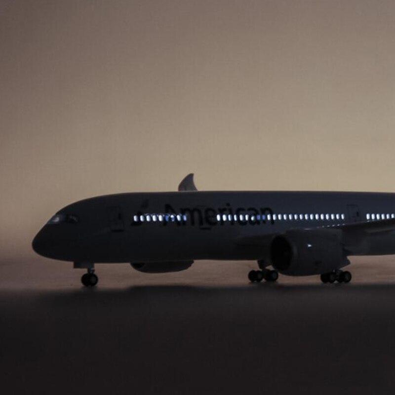 1/130 Bilancia 47 centimetri Aereo Boeing B787 Dreamliner Modello W Luce e la Ruota Aeromobili American Airlines Diecast Resina di Plastica Per Bambini regalo - 2
