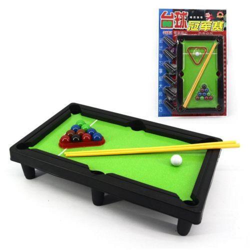 2016 venta  3 años coches de plástico chuggington billar bola de billar  Snooker mesa escritorio juego de juguete Kid regalo de los niños c0fcd3736a0c8