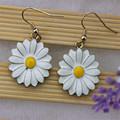 XQ Free shipping 2015 Flower pattern Earrings The new popular banquet texture