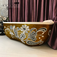 Freestanding Bathtub with Mosaic Pattern decoration