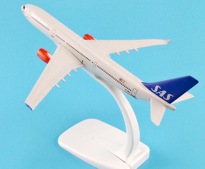 16cm Alloy Metal AIR Scandinavian SAS Airlines Airbus 330 A330 Airways Airplane Model Plane Model W Stand Aircraft Gift image