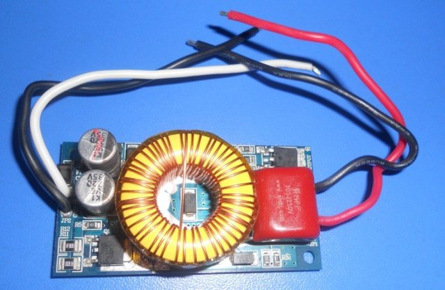 AT1500;LED constant current driver,DC24V input,18*1W/320ma output