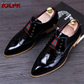 2017 New Black Patent Leather Shoes Men Pointed Toe Dress Shoes Breathable Fashion Male Wedding Shoes Men's Flat Oxford Shoes