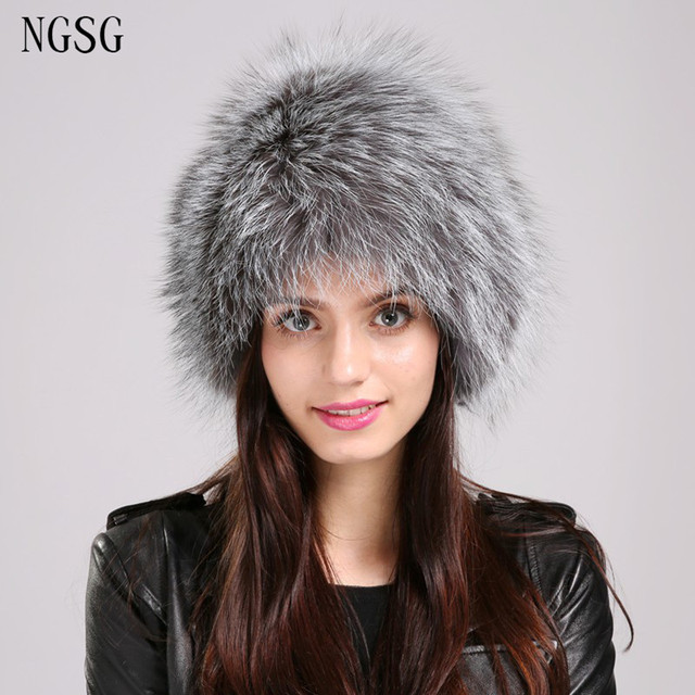 Winter Hat Sliver Fox Women Hat Real Fur Fluffy Fashion European And American Style Gray Cute Ball Decoration LifeEA4050-22