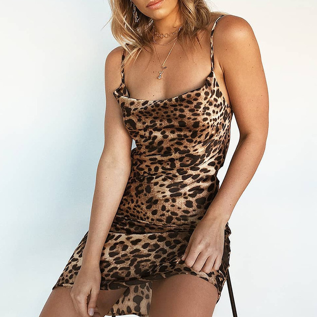 2018 Sexy Woman Leopard Dresses Mujer Clothing Sleeveless Slim Fit Ladies  Party Club Dress Mini Bodycon 7a6006229178