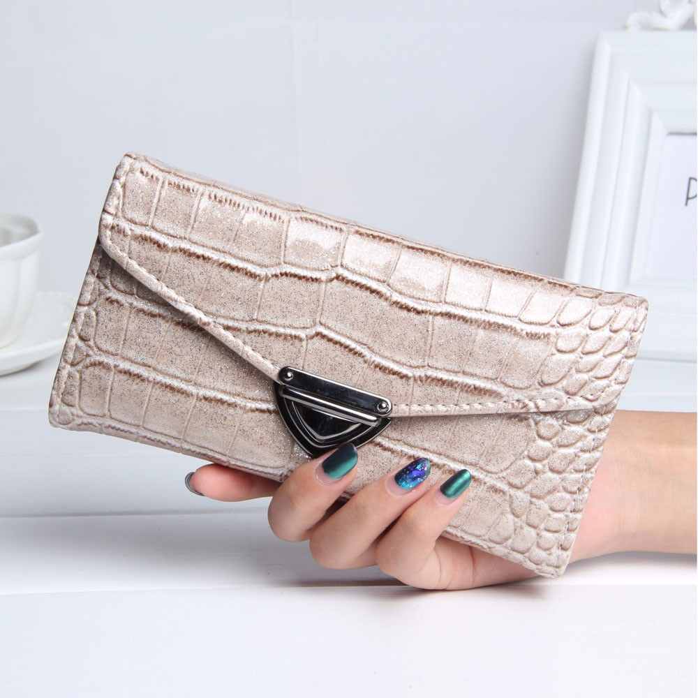 2017 Famous Designer Women Fashion Crocodile Pattern Coin Purse Long Wallet Card Holders Handbag Bag wholesale Free Shipping 2017 wholeworld market fashion clutch handbag wallet women cat pattern coin purse short wallet card holders handbag a 4