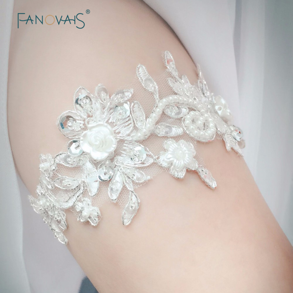 Bridal gloves vintage bridal garter wedding garter set for Where to buy wedding accessories