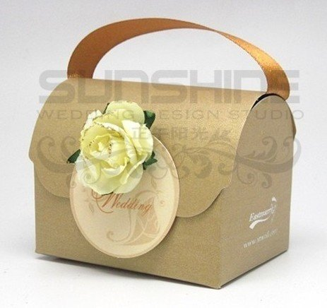wedding favors candy box gold color gift box wedding gift nh 044