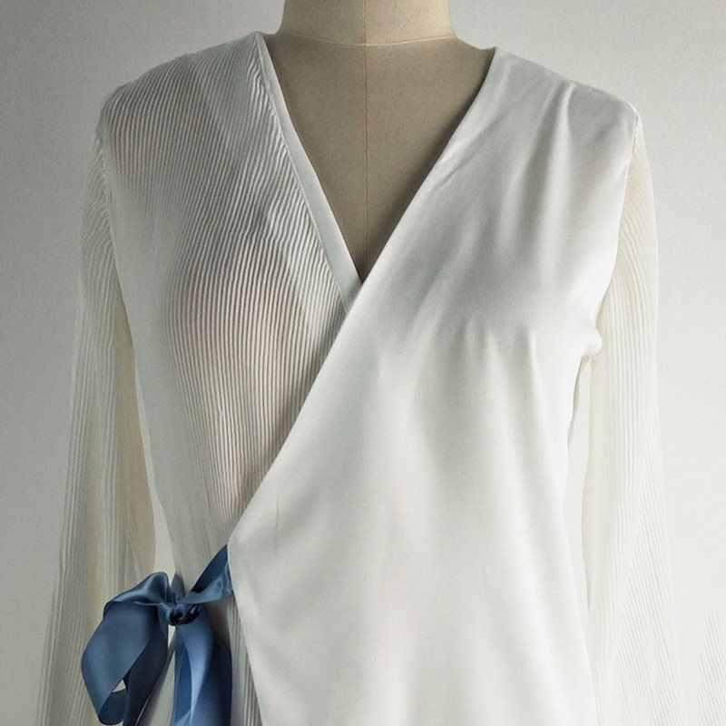 New Coreano Moda Mulheres Blusa Escritório Camisa Branca Sexy V Long Neck Sleeve Lace Top Up Assimétrica Plissada Senhoras Elegantes blusas
