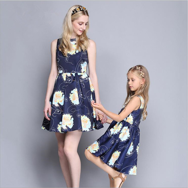 51f4fe097370b US $29.7 | Parent child Mother Daughter Dresses Europe Sleeveless Tank  Print Summer Fashion Mommy And Daughter Matching Clothes AF1744-in Matching  ...