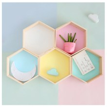 INS Nordic Style Honeycomb Hexagon Storage Rack Wooden Wall Shelf Kids Room Decoration Ornaments Nursery Decor Photograph Props