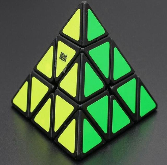 3x3x3 YJ Moyu Triângulo Pirâmide Pyraminx Magic Cubes Enigma Torção Velocidade Cubos de Aprendizagem & Brinquedos Educativos para As Crianças como Presentes