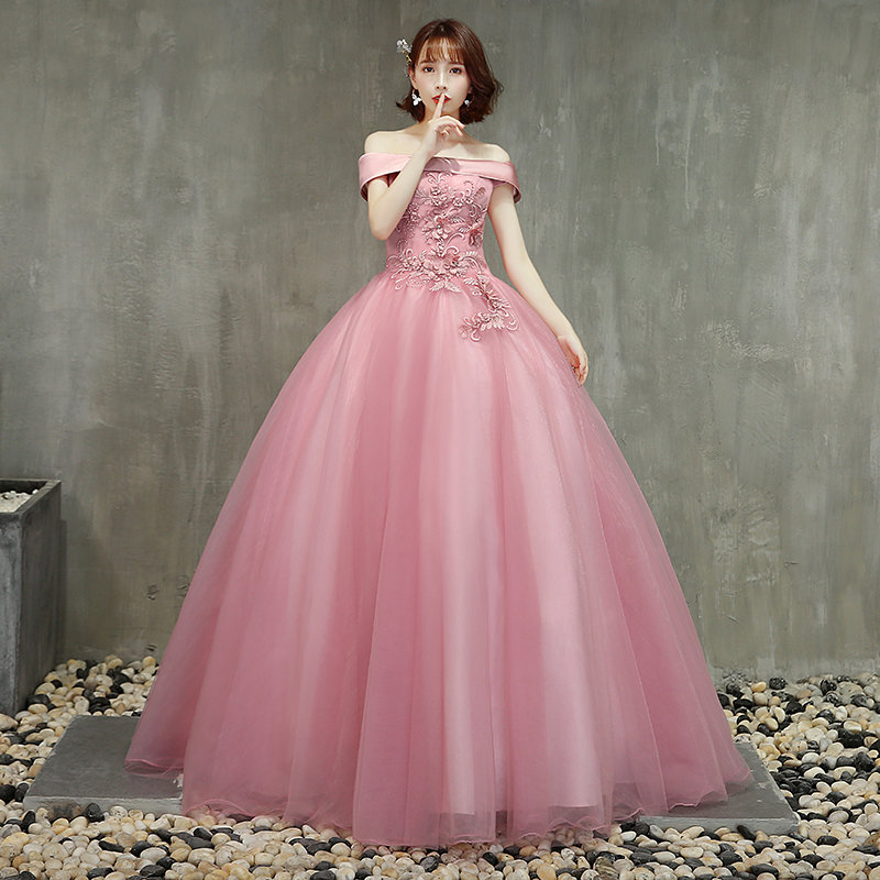 Elegant 2019 New Pink Quinceanera Dresses Off The Shoulder Appliques Full Length Puffy Formal Gowns Prom Dresses Ball Gown Stock