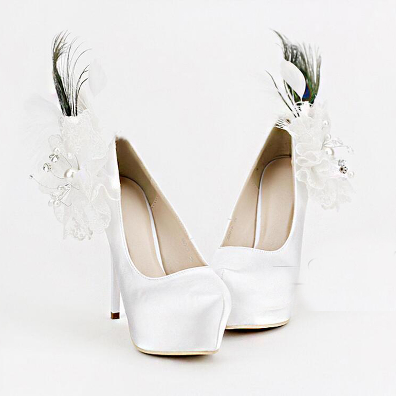 Luxury White Satin Wedding Shoes Appliques And Feather