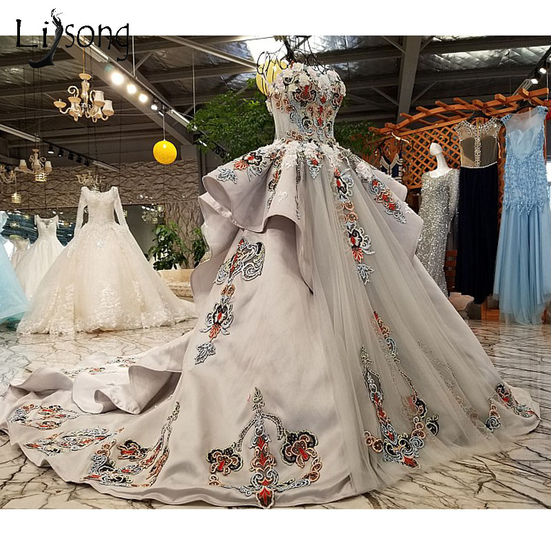 Vintage Dubai Light Gray Wedding Dresses 2018 Delicate Embroidery ...