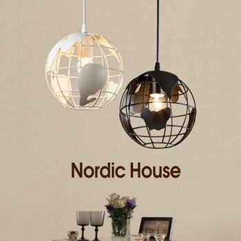 โมเดิร์น minimalist globe E27 หลอดไฟ LED โคมระย้าโคมไฟ Nordic creative home deco ร้านอาหารบาร์เหล็กโคมระย้าแสง