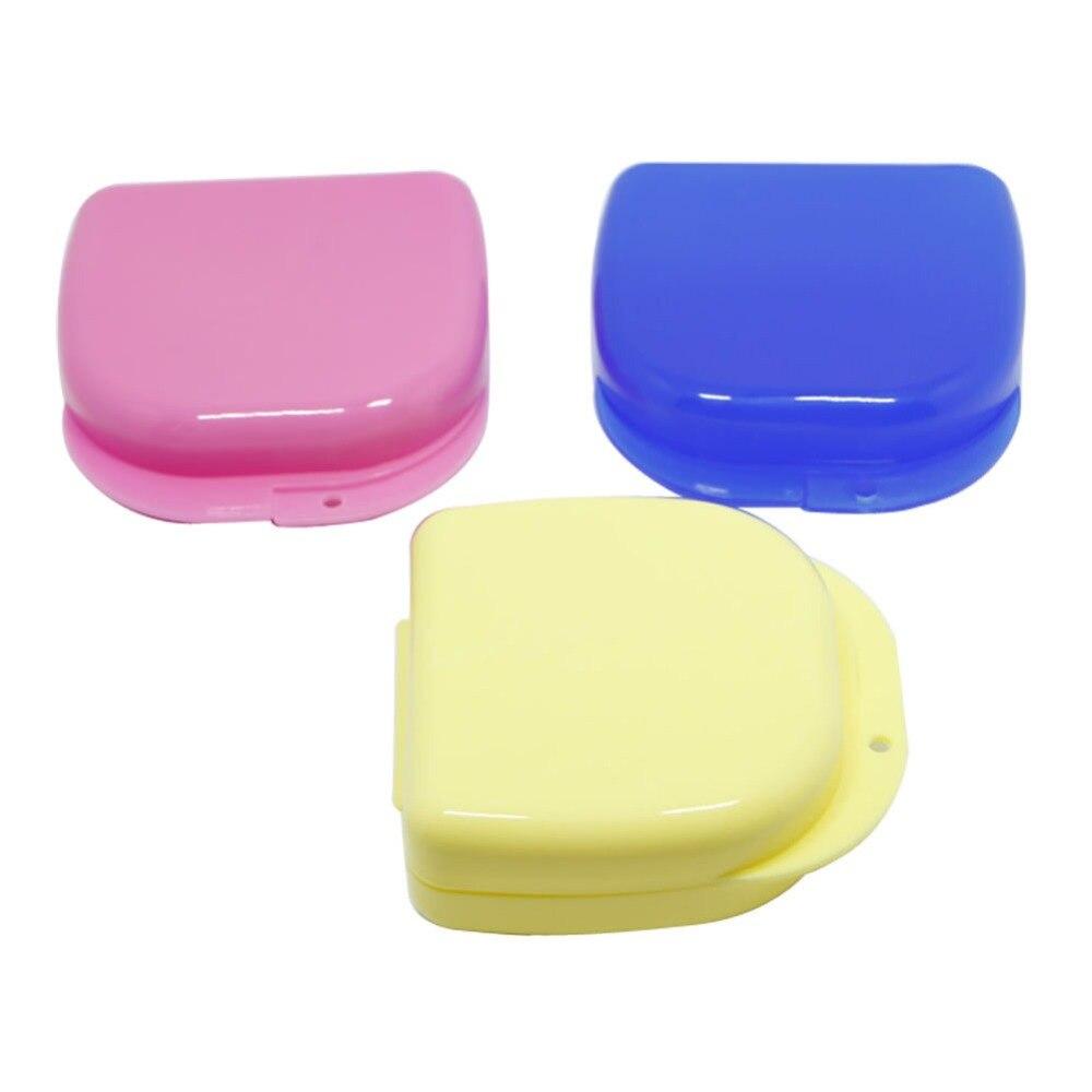 Купить с кэшбэком 1X Mixed Color Dental Orthodontic Retainer Mouthguard Dentures Storage Case Box