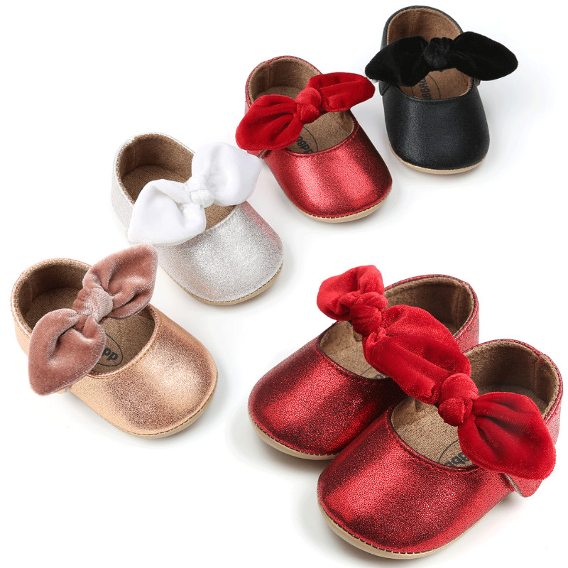 0 18M Newborn Baby Girl Crib Shoes Bowknot Soft Sole Leather Prewalker Sneakers Infant Toddler Shoes Girls in Crib Shoes from Mother Kids