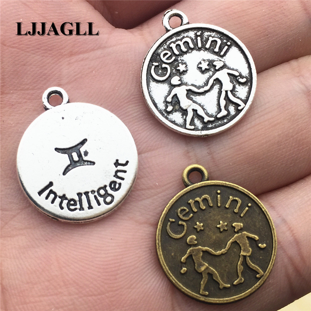 Vintage Silver Alloy Jewelry Making Dog Look 18*22mm Charms Pendants Craft 19pcs