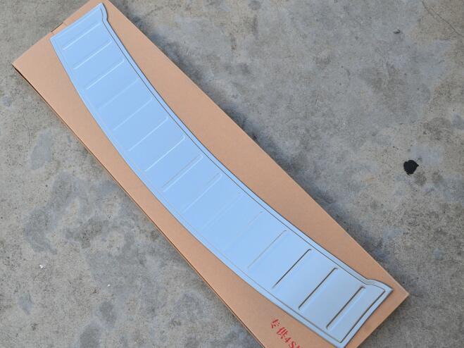 304 acier inoxydable protecteur de pare-chocs arrière plaque de seuil garniture 1 P pour 2012 2013 pour Fiat Freemont