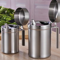 Stainless Steel Food Container Olive Oil Vinegar Jar Soy Sauce Bottle Storage Leaky Kitchen with Handle and Lid Oil Bottle 1pcs